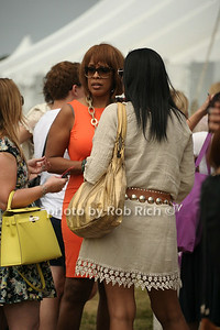 Gayle King  photo by Rob Rich © 2014 robwayne1@aol.com 516-676-3939