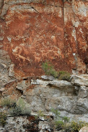 Ancient Indian art on the rock walls at Fremont Indian State Park.