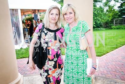 Renee Bullock, Margaret Carvin. Photo by Alfredo Flores. Tudor Place Garden Party. Tudor Place Historic House and Garden. May 21, 2014