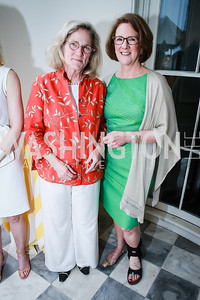 Niente Ingersoll Smith, Leslie Buhler. Photo by Alfredo Flores. Tudor Place Garden Party. Tudor Place Historic House and Garden. May 21, 2014.