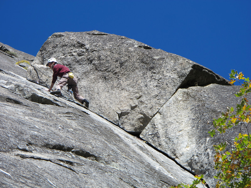 25/10/13 The smooth, thin 5.8 ha! crux of the first pitch. Exciting!