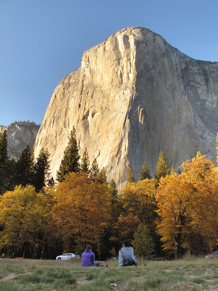 24/10/13 Claire and Chris enjoying a fine glass of Californian vin rouge and chips n dip below El Cap. We counted only 2 parties on the Nose, it was very quiet compared to 3 weeks ago! But a very beautiful place to be with all the fall leaves in vivid display.