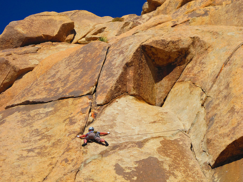 30/10/13 Mark maximizing his secret T-Rex powers on the big reach on Pope's Crack. Nice runout dude !