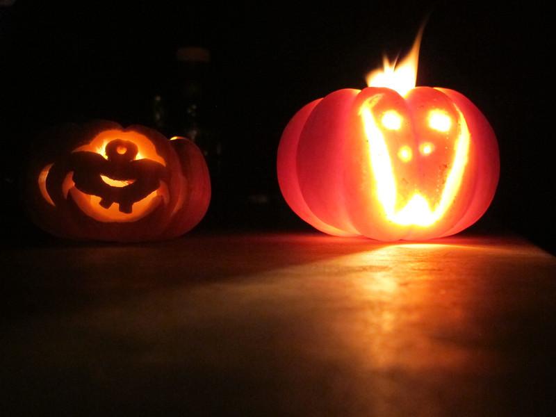 29/10/13 Halloween trial run. Pumpkins x 2