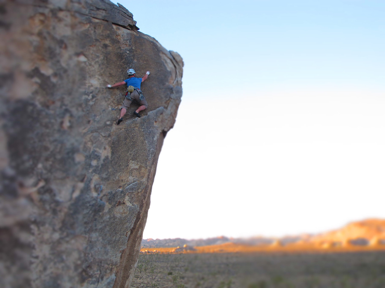 27/10/13 Beer-o-clock as sun sets over Joshua Tree and Mark tops out on an incredibly exposed 5.8.