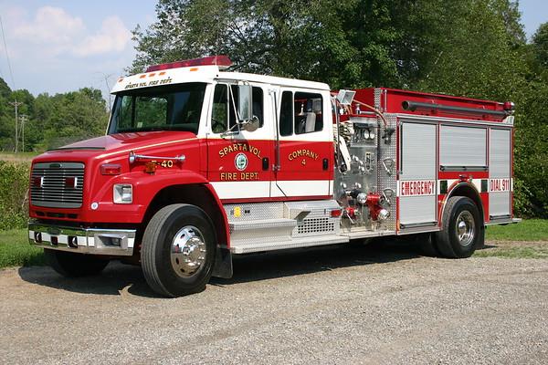 Sparta, Virginia Engine 40, a 1998 Freightliner FL80/Pierce  1000/1250 and job number EB353.