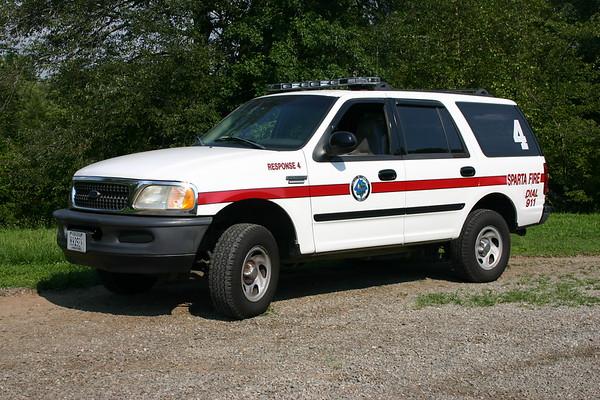 Sparta, Virginia Response 4, a 1998 Ford Excursion.
