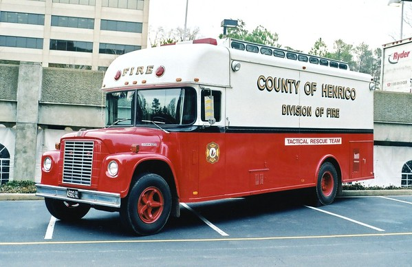 Henrico's former Tactical Rescue unit, a nice 1964 International/Gertenslager.  An ex-bookmobile, this is now privately owned.