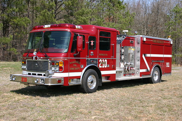 Wakefield, Virginia - Sussex County - Engine 210 is a 2001 ALF Eagle top mount 1500/1000/40.  SN 3362.