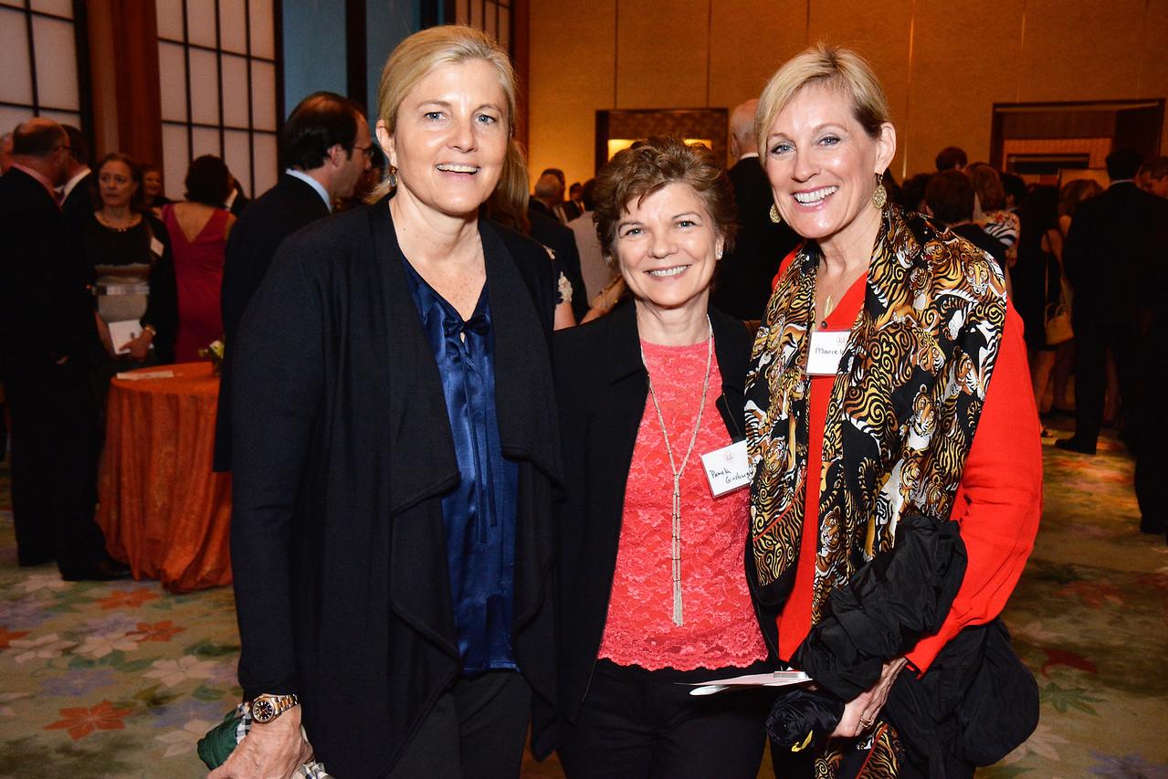 Sissy Yates; Pamela Ginzburg; Marcela Cohen
