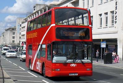 432 - W493WGH - Plymouth (Royal Parade)