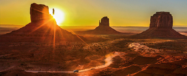 MONUMENT VALLEY SUNRISE, MONUMENT VALLEY UTAH