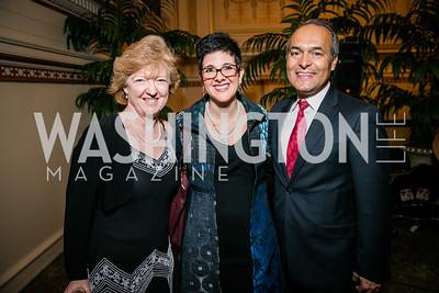 Mary DeLorey, Miryam Hazan, Jose Luis Guitierrez. Photo by Alfredo Flores. WOLA Human Rights Awards Gala. Union Station.CR2
