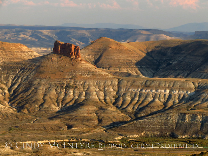 View of Green River, WY fm Pilot Butte (7)