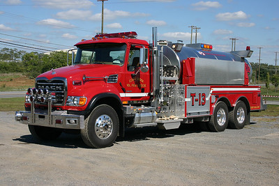 More dual Roto-Rays, and this time on Tanker 13, a 2006 Mack Granite with a 2007 Semo tanker body.  Tanker 13 carries 3,500 gallons of water and is equipped with a 1000 gpm pump.  Photographed in 2007 at Station 13 shortly after being placed into service as Tanker 13.