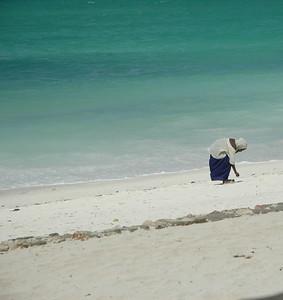 Muslim child on the beach