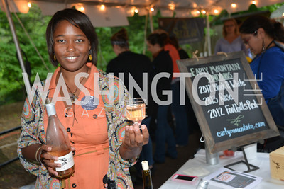 Jade Floyd, Early Mountain Vineyards, Zoofari, at the Smithsonian National Zoo, May 15, 2014, Photo by Ben Droz.