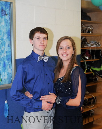 15 LHS HMCMNG DANCE