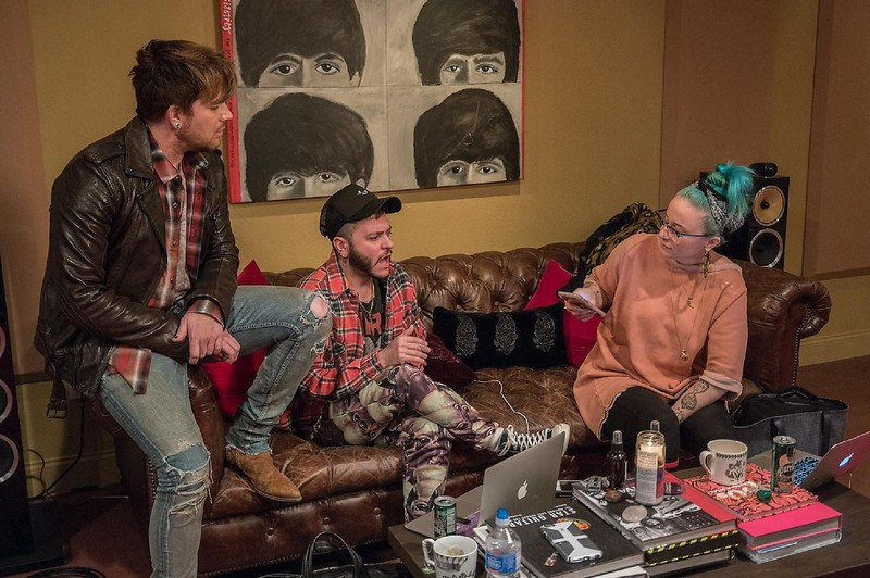 🎼 Adam Lambert w/ Ferras, Sarah Hudson at Pink Satellite Studios in Joshua Tree - HQ photos by David Blank. Thanks @_coma_berenices