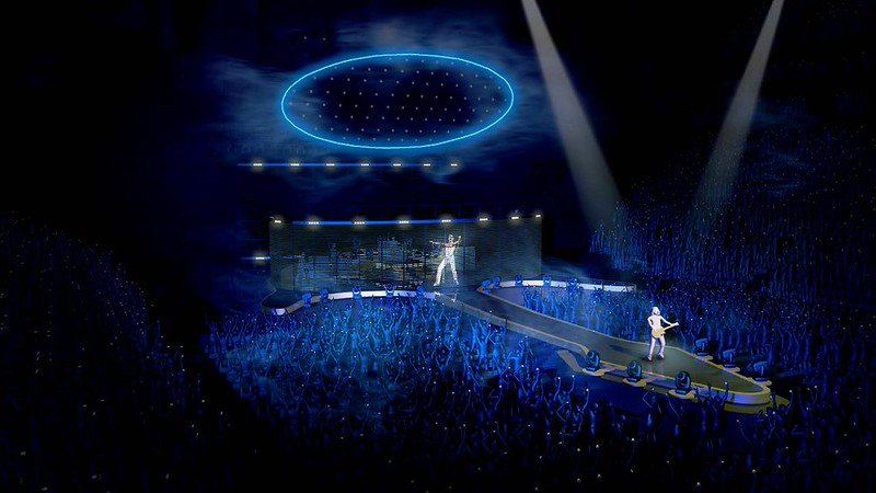 Stufish‏ @StufishStudio  .@QueenWillRock + @AdamLambert FACTS: 🎸 This is #Queen's most technically advanced show. 🎸 With an 8 ton chrome, oval shaped 'Halo'.
