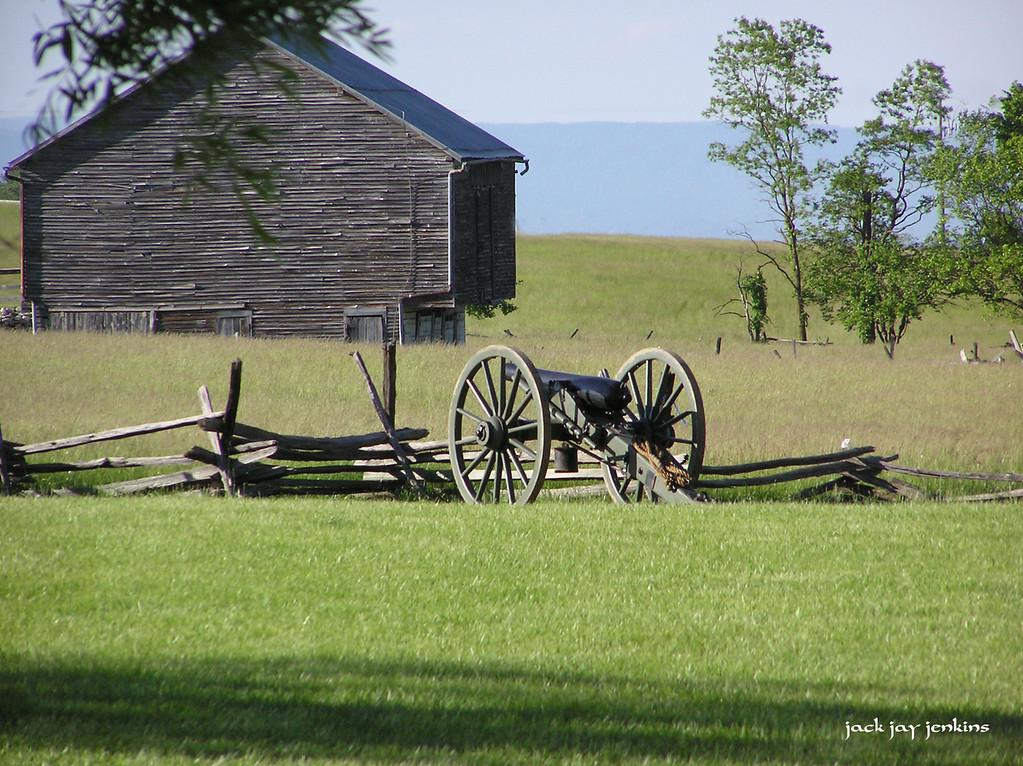Confederate artillery next  to the Bushong farm at New Market.