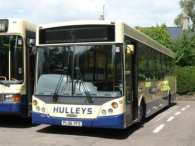 hulleys-19-110814-baslow_6334477663_o