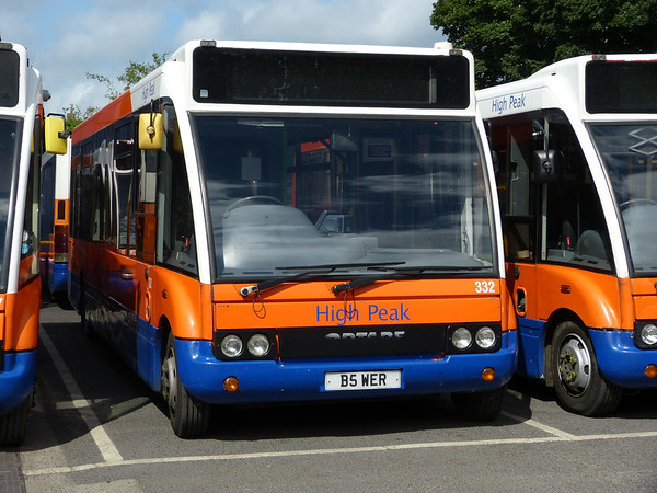 Centrebus [High Peak] 332 160807 Dove Holes