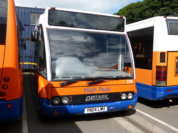 Centrebus [High Peak] 270 160807 Dove Holes