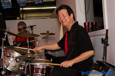 King Pins @ Ige's Restaurant & 19th Puka 12-7-2013
