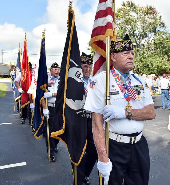 veterans_signs