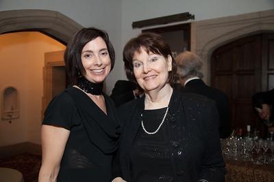 Kellie Robertson, Sigrid Cerf