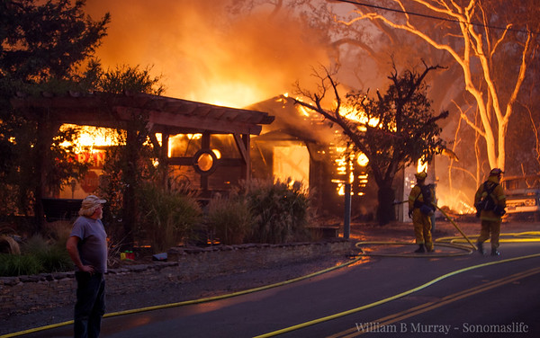 2017 - October - Fire  & People of - Sonoma - Glen Ellen