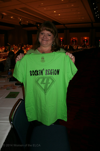Ninth Triennial Convention | Delegate Deanna Fuchs shows off her Region 4 pride.