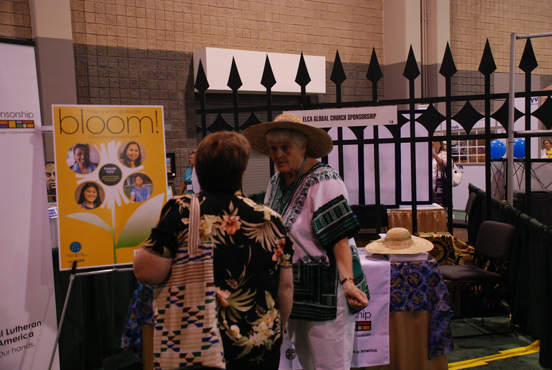 In the exhibit area, participants hear the stories of ELCA missionaries and how congregations can support their work and ministry with companions around the globe. EH.