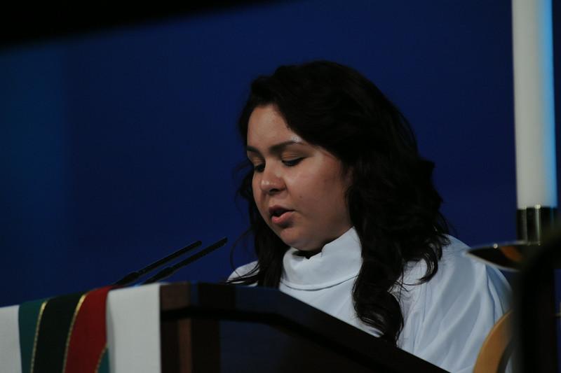 Victoria Contreras explaining translation services