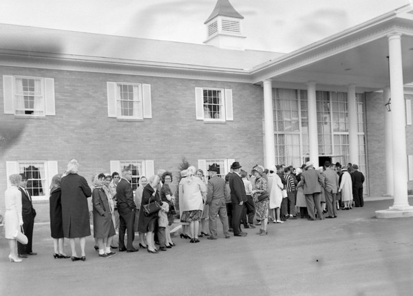 A crowd lines up  in 1964 to attend an open house for the new Ramada Inn in Effingham.