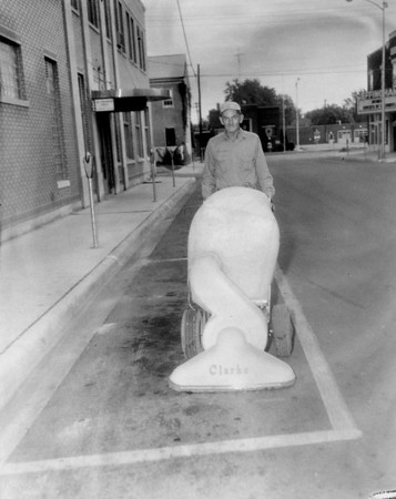 This man is cleaning Fifth Street in Effingham in 1963. Do you recognize him? Share the information online under the photo on the Effingham Daily News Facebook page.