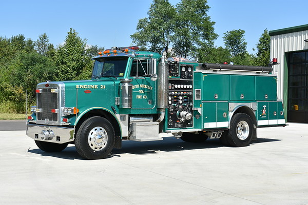 South Berkeley Engine 21, a 1990 Peterbilt 379/E-One/American Eagle equipped with a 1750/1000.  E-One serial number 8474.