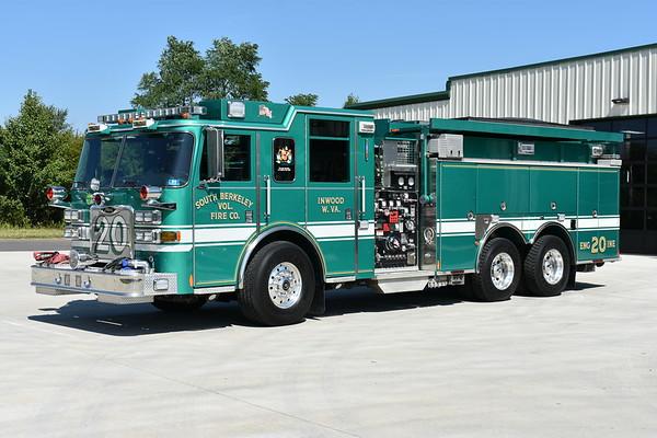 South Berkeley VFC Engine 20, a 2009 Pierce Arrow XT 1500/2000/40/20 with Pierce job number 21407.