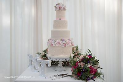 Cakes FB-15
