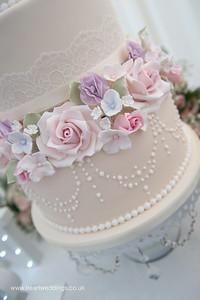 Cakes FB-13