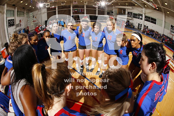 9.2.2017 - DePaul Volleyball at UIC