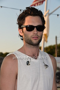 Penn Badgley photo by Rob Rich/SocietyAllure.com © 2015 robwayne1@aol.com 516-676-3939