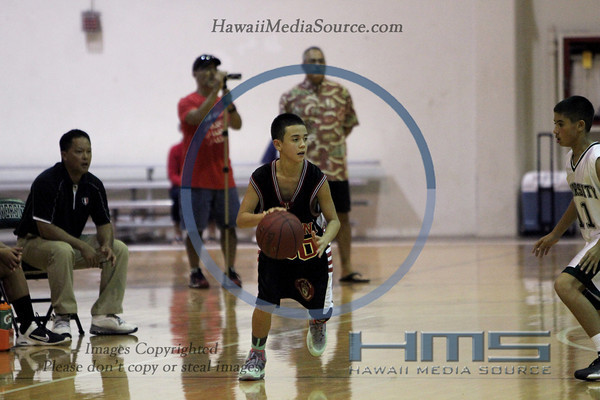 Iolani Intermediate Boys Basketball - Uni 12-18-13