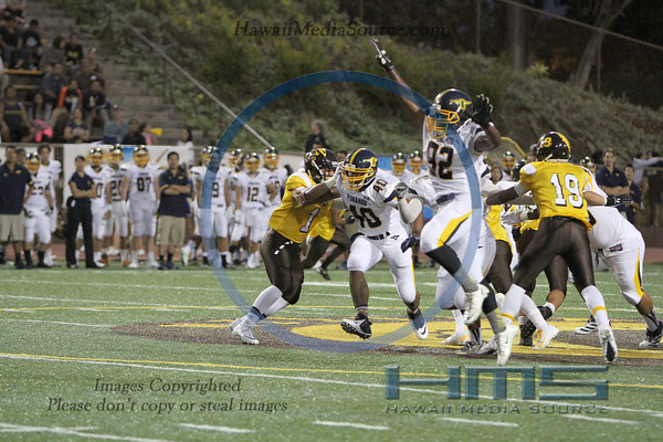 Mililani Football - Pun 8-15-13