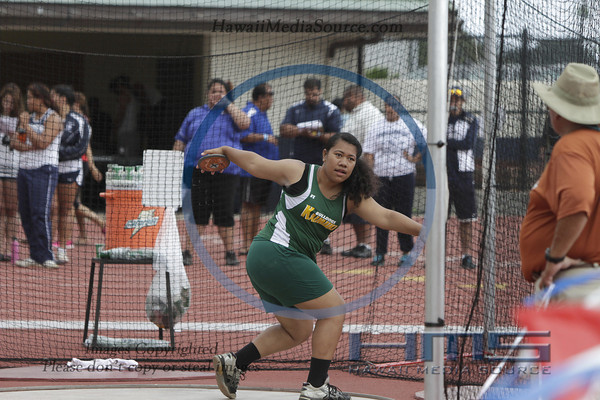 Girls Discus 5-9-14