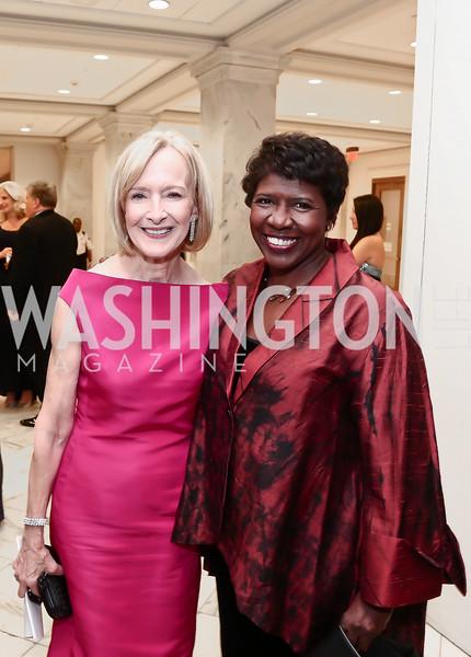 Judy Woodruff, Gwen Ifill. Photo by Tony Powell. Inaugural American Portrait Gala. November 15, 2015