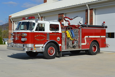 Keyser, WV Engine 33-15, a 1984 ALF Century 1250/500 with serial number 18109.