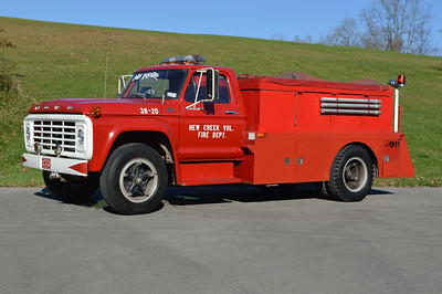 Former Tanker 38 from New Creek - 1975 Ford F600/FD/2000 FD.  250/1000.