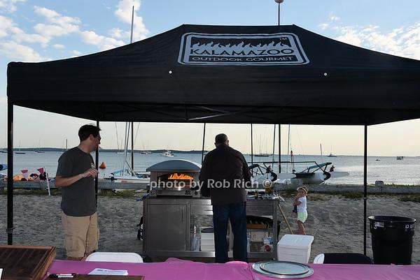 Kalamazoo Pizza Oven <br /> photo by Rob Rich/SocietyAllure.com © 2015 robwayne1@aol.com 516-676-3939